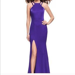 La Femme Royal Purple Gown Size: 00
